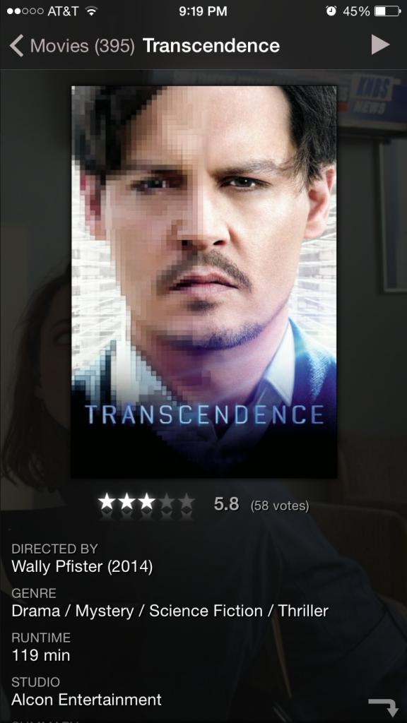 Nos da información de la película seleccionada. Podemos ver los actores, calificación y trailer de la misma. Además nos permite reproducir la película desde esta misma pantalla.